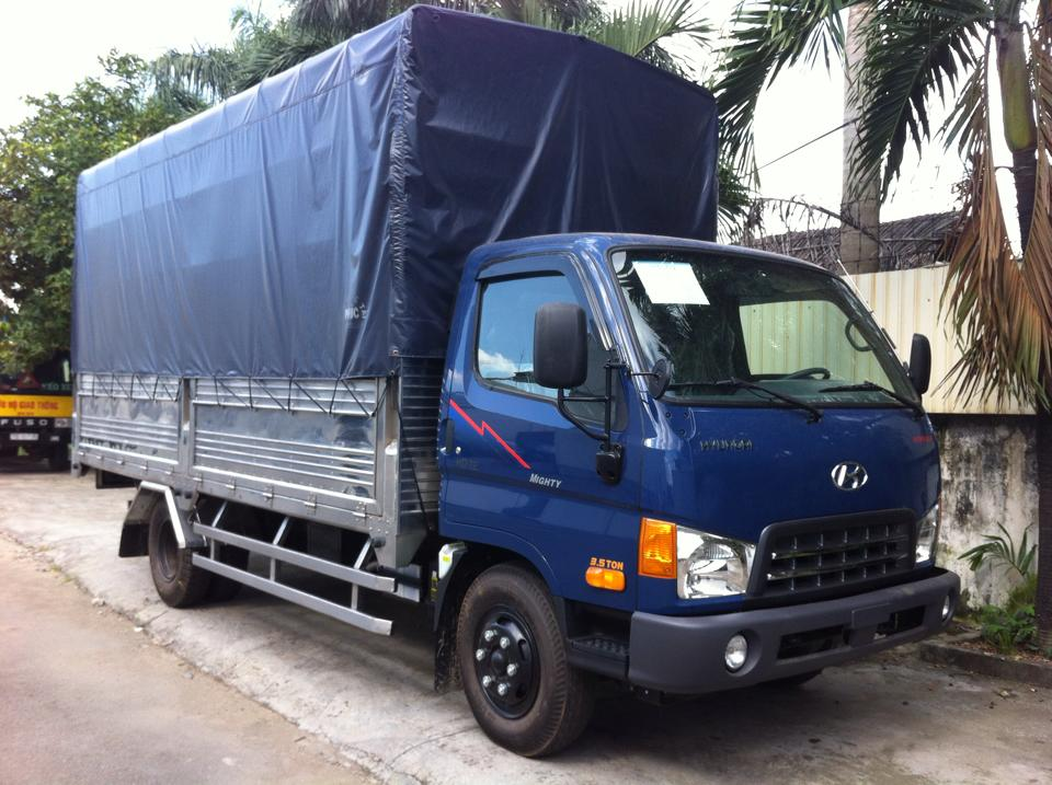 xe tai hyundai hd65 2,5 tan (2t5) thung bat
